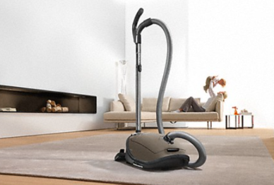 Pros and Cons of Bagless Vacuum Cleaners